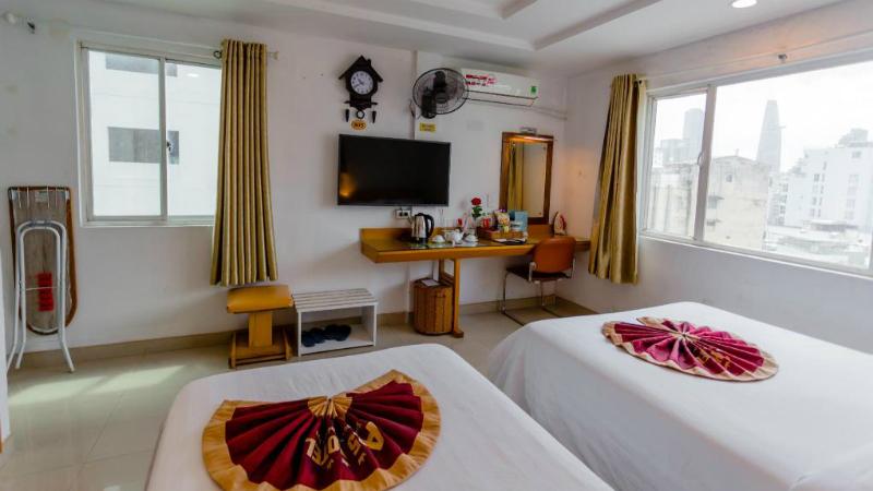 phòng giường đôi Khách sạn A25 13 Bùi Thị Xuân