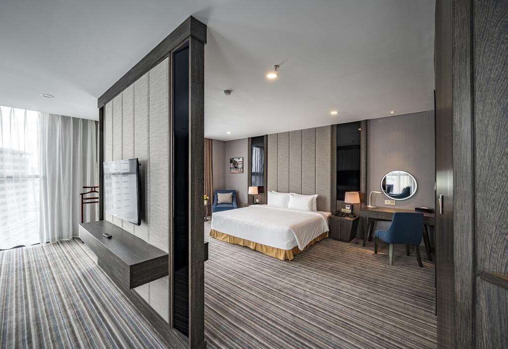 Phòng exucutive suite Khách sạn Mường Thanh Luxury Sài Gòn