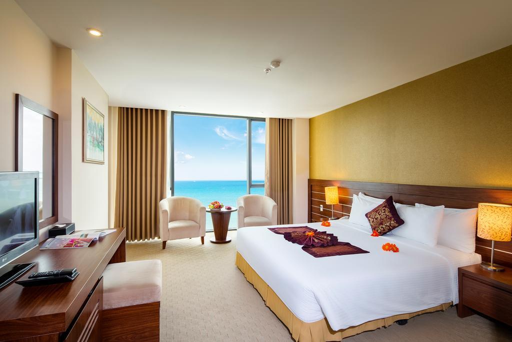Phòng deluxe khách sạn Mường Thanh Grand Nha Trang