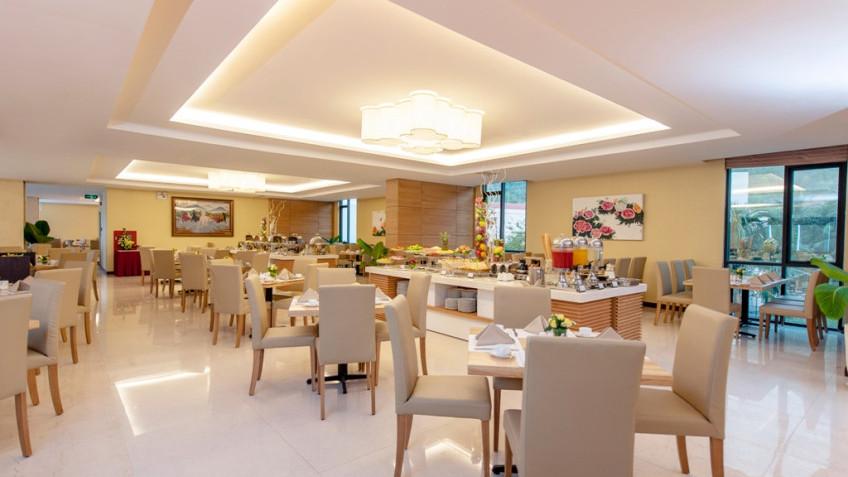 Nhà hàng Phòng deluxe khách sạn Mường Thanh Grand Nha Trang